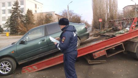 shtrafnaya-stoyanka-avtomobilej